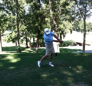 golf 1 300x278 <!  :en  >Chirocarolina™ Sponsors Team in the 5th Annual EAC Golf Tournament Event<!  :  >